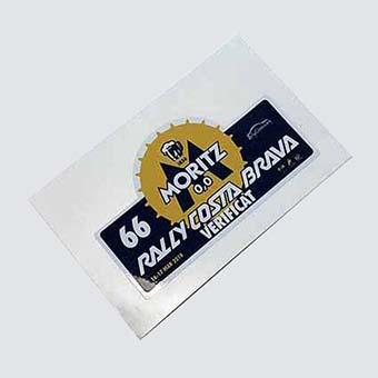 Etiquetes personalitzades.Sticker vinil troquelat